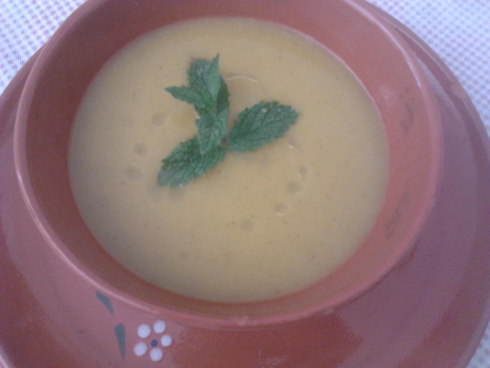 Sopa com maçã e gengibre – um sabor diferente